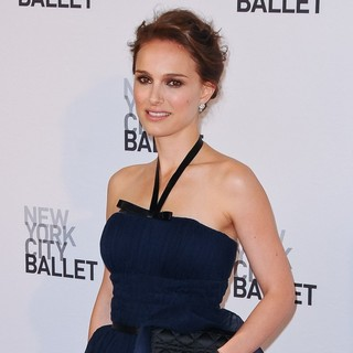 Natalie Portman in 2012 New York City Ballet Spring Gala: A La Francaise - Arrivals - natalie-portman-2012-new-york-city-ballet-01