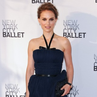 Natalie Portman in 2012 New York City Ballet Spring Gala: A La Francaise - Arrivals - natalie-portman-2012-new-york-city-ballet-02