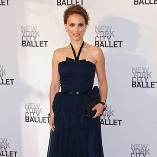 Natalie Portman in 2012 New York City Ballet Spring Gala: A La Francaise - Arrivals - natalie-portman-2012-new-york-city-ballet-03