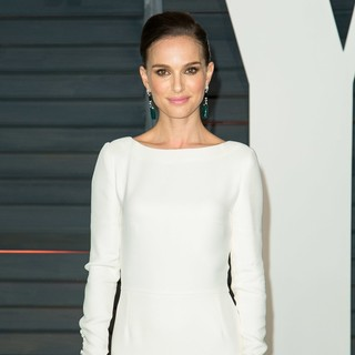 Natalie Portman in 2015 Vanity Fair Oscar Party