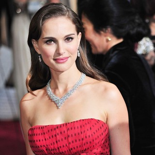 Natalie Portman in 84th Annual Academy Awards - Arrivals