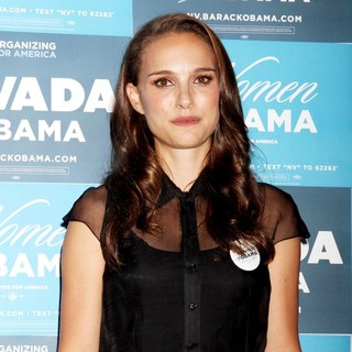 Natalie Portman in Nevada Women's Summit - Inside