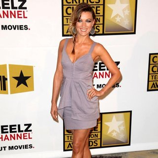 Natalie Zea in The 2011 Critics Choice Television Awards Luncheon - Red Carpet