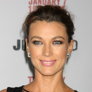 Natalie Zea in Justified Premiere Screening - Directors Guild of America