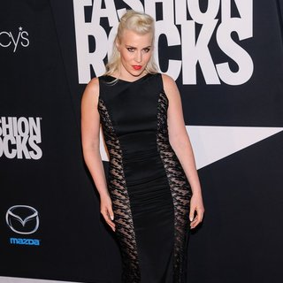 Natasha Bedingfield - Fashion Rocks 2014 - Red Carpet Arrivals