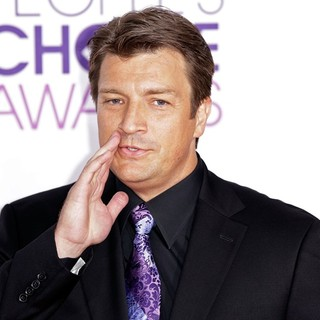 Nathan Fillion in People's Choice Awards 2013 - Red Carpet Arrivals