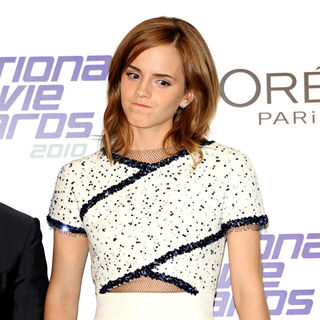 Emma Watson in National Movie Awards - Press Room