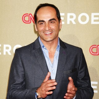 Navid Negahban in CNN Heroes: An All-Star Tribute - Arrivals