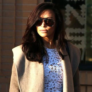 Naya Rivera Does Some Last Minute Christmas Shopping