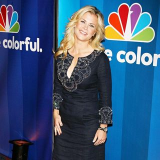 Alison Sweeney in 2010 NBC Upfront Presentation - nbc_upfronts_027_wenn5480918