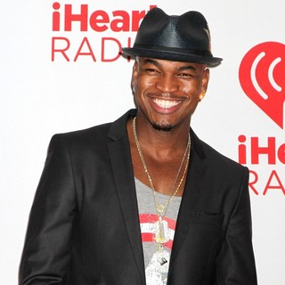 Ne-Yo in 2012 iHeartRadio Music Festival - Day 2 - Arrivals