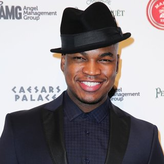 Ne-Yo in Pure Nightclub Rings in 2014 with Ne-Yo