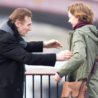 Liam Neeson, Thomas Sangster in Filming Love Actually