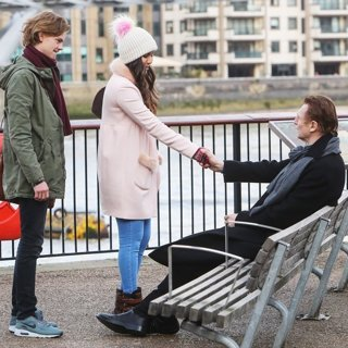Thomas Sangster, Olivia Olson, Liam Neeson in Filming Love Actually