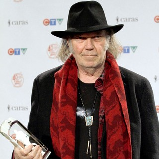 Neil Young in The 2011 JUNO Awards - Press Room - neil-young-2011-juno-awards-press-room-02