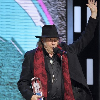 Neil Young in 2011 JUNO Awards - Show - neil-young-2011-juno-awards-show-03