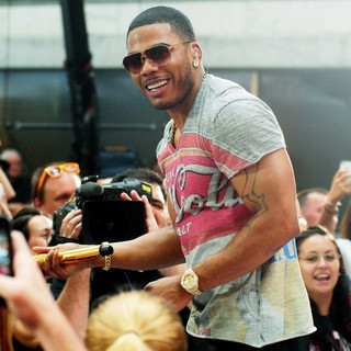 Nelly in Nelly Performs on Today Show