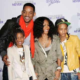 "Willow Smith, Will Smith, Jada Pinkett Smith, Jaden Smith in Los Angeles Premiere of ""Justin Bieber: Never Say Never"""