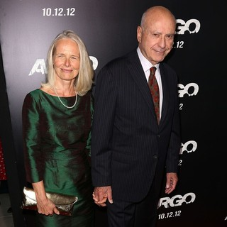 Suzanne Newlander, Alan Arkin in Argo - Los Angeles Premiere