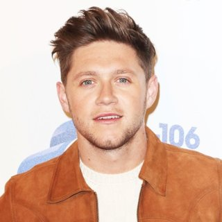 Niall Horan in 2017 Capital's Jingle Bell Ball with Coca-Cola