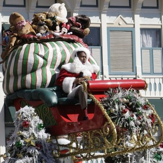 Nick Cannon in Nick Cannon Filming for The Christmas Day Parade at Disneyland