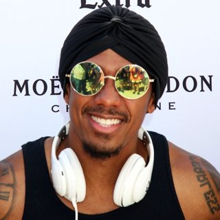 Nick Cannon in Nick Cannon Hosts and DJs at The Worlds Wildest Pool Party