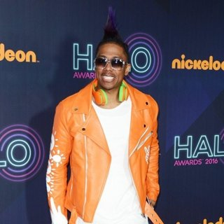 Nickelodeon Halo Awards 2016 - Red Carpet Arrivals