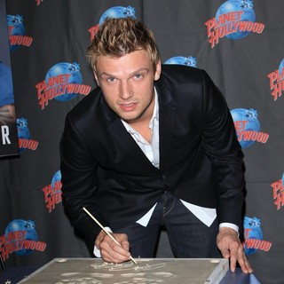 Nick Carter Hand Print Ceremony Promoting 'Facing The Music and Living to Talk About It