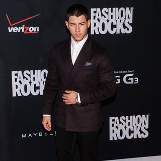 Jonas Brothers - Fashion Rocks 2014 - Red Carpet Arrivals