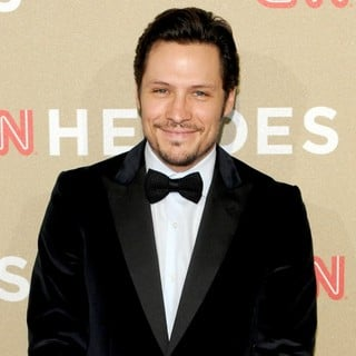 Nick Wechsler in CNN Heroes: An All-Star Tribute - Arrivals - nick-wechsler-cnn-heroes-an-all-star-tribute-01