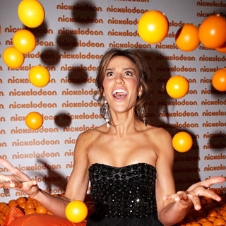 Rachael Finch in The 2010 Nickelodeon Kids Choice Awards - Press Room