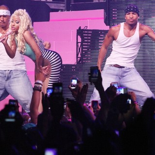 Nicki Minaj in Pepsi Presents Nicki Minaj's Pink Friday Tour