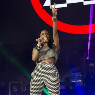 Nicki Minaj in Summer Jam 2014 - nicki-minaj-summer-jam-2014-07