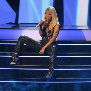 Nicki Minaj in The 2013 BET Awards - Inside