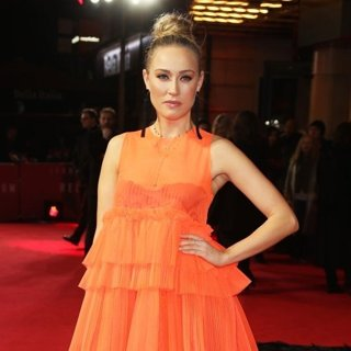 Nicole O'Neill in Red Sparrow UK Premiere - Arrivals