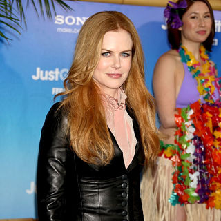 Nicole Kidman in Premiere of 'Just Go with It' - Arrivals