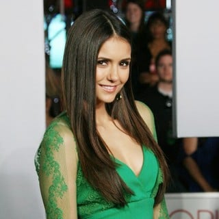 Nina Dobrev in 2012 People's Choice Awards - Arrivals