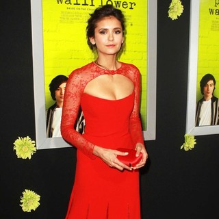 Nina Dobrev in The Los Angeles Premiere of The Perks of Being a Wallflower - Arrivals