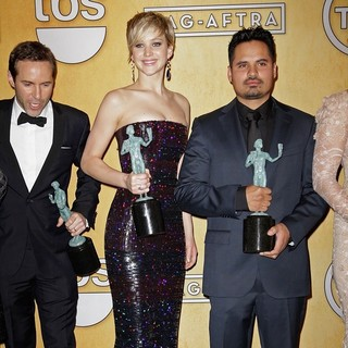 Alessandro Nivola, Jennifer Lawrence, Michael Pena in The 20th Annual Screen Actors Guild Awards - Press Room