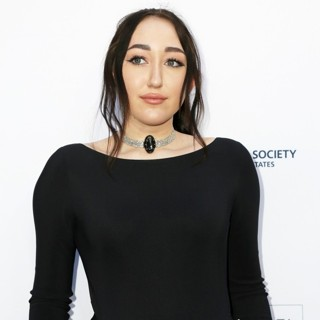 Noah Cyrus - The Humane Society of the United States to The Rescue Los Angeles Gala - Arrivals