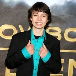 Noah Ringer in Cowboys and Aliens Premiere - Arrivals - noah-ringer-premiere-cowboys-and-aliens-01