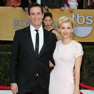 Noah Wyle in 19th Annual Screen Actors Guild Awards - Arrivals - noah-wyle-19th-annual-screen-actors-guild-awards-01