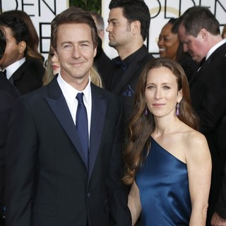 Edward Norton, Shauna Robertson in 72nd Annual Golden Globe Awards - Arrivals