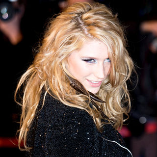 Ke$ha in NRJ Music Awards 2010