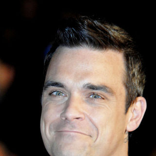 Robbie Williams in NRJ Music Awards 2010