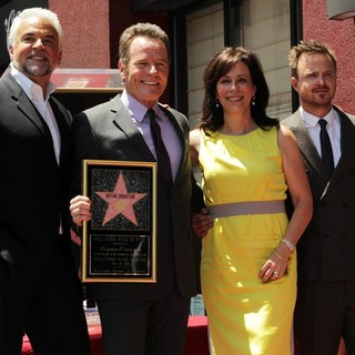 Jane Kaczmarek in Bryan Cranston Honored with Star on The Hollywood Walk of Fame - o-hurley-cranston-kaczmarek-paul-bryan-cranston-walk-of-fame-02