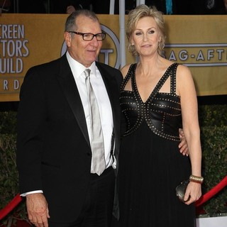 Ed O'Neill, Jane Lynch in 19th Annual Screen Actors Guild Awards - Arrivals