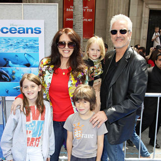 Joely Fisher in Disneynature's Premiere of 'Oceans' - Arrivals - ocean_premiere_22_wenn2811484