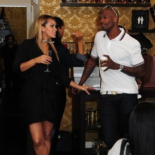 Evelyn Lozada, Chad Ochocinco in Dulce Taste Spi-n Shop 2011