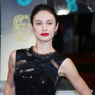 Olga Kurylenko in The 2013 EE British Academy Film Awards - Arrivals